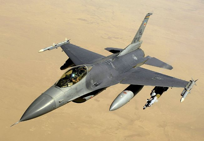 A USAF F-16C over Iraq in 2008.  Source: Wikipedia